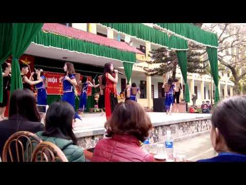 Hát Múa lớp 12A3 THPT Nguyễn Thị Lợi