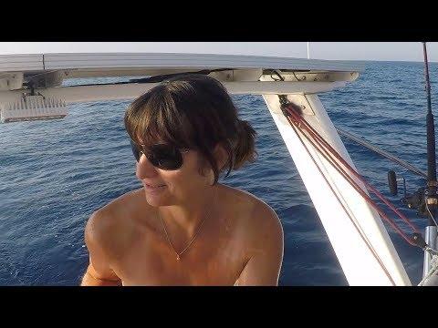 La vie à bord s'organise... Sailing Astragale Ep 20