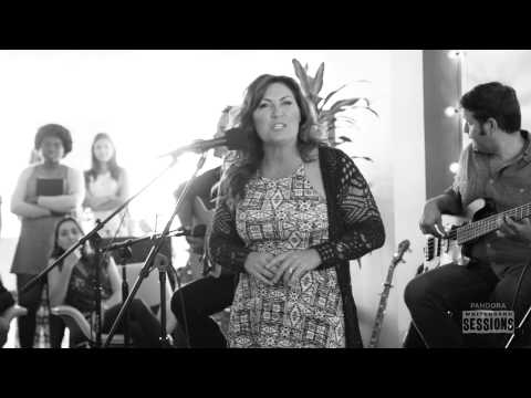 "Jo Dee Messina ""Heads Carolina, Tails California"" - Pandora Whiteboard Sessions"