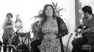 "Jo Dee Messina ""Heads Carolina, Tails California"" - Pandora Whiteboard Sessions"