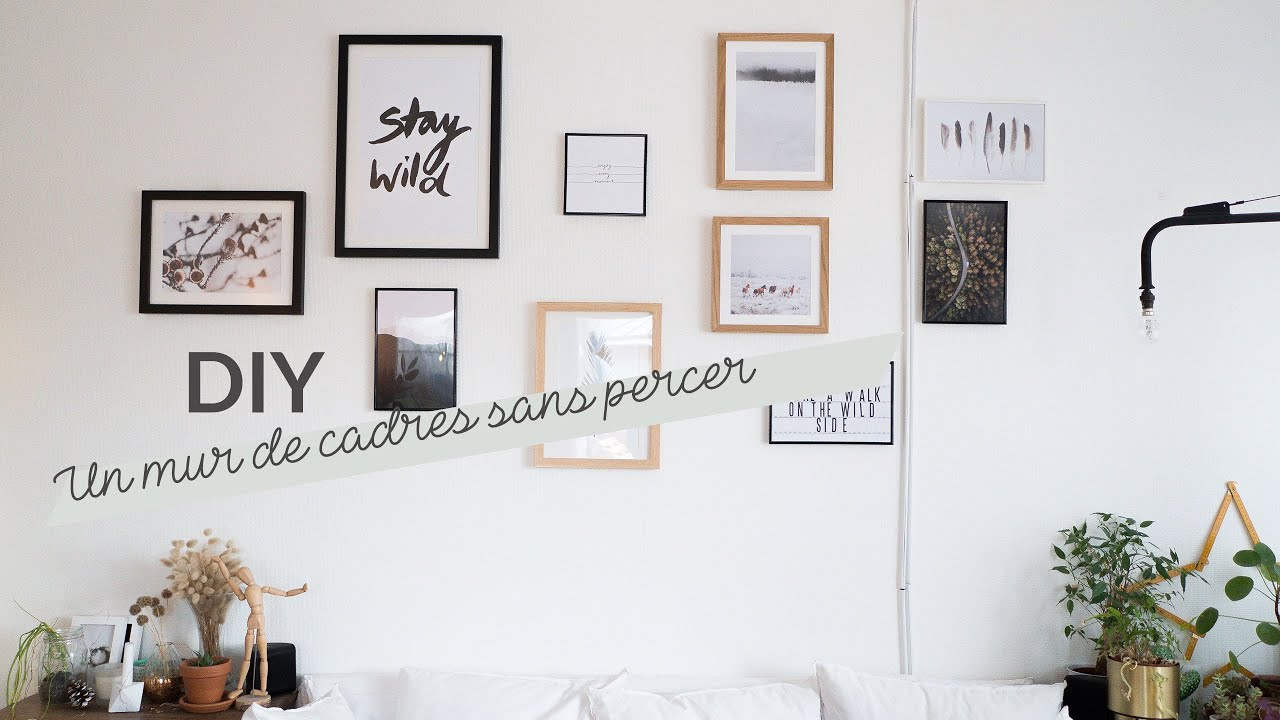 diy un mur de cadres sans percer youtube. Black Bedroom Furniture Sets. Home Design Ideas