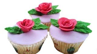Капкейки с розами из мастики | Rose Cupcake Tutorial(Можно заказать торт или капкейки у меня, если Вы находитесь в Москве или МО: https://vk.com/club121994577 Спасибо за лайк..., 2016-05-22T23:20:16.000Z)