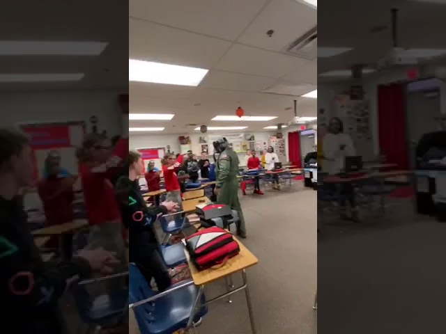 Summit Lakes Middle Schooler surprised by stepdad on Veterans Day