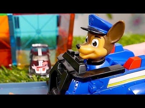 Paw Patrol all´asilo. Video per bambini con i giocattoli dei cartoni