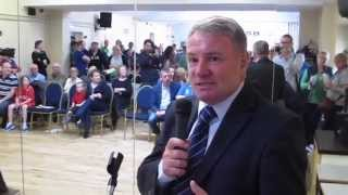 Ballynanty Rovers & Ray Houghton visit St. Munchins Community Centre