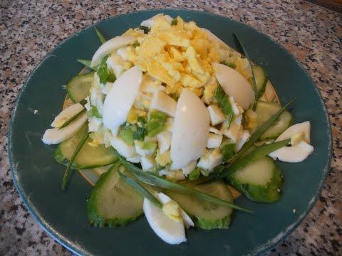 Слоеный весенний овощной салат