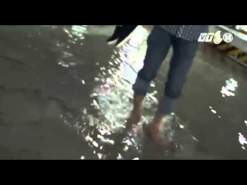 VTC14_Khu đô thị hiện đại ngập trong mưa lớn