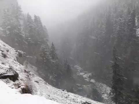 snowfall in 2017-  kashmir 2017-murree-ayubia-Pakistan 2017-islamabad 2017