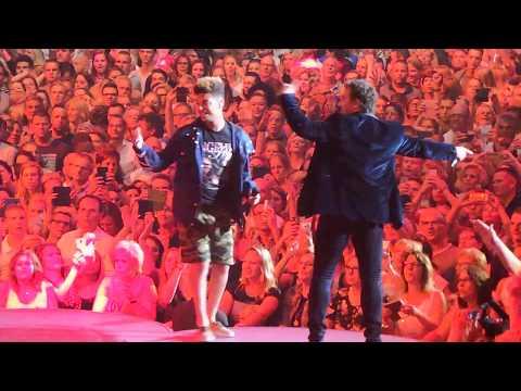 Marco Borsato & Ronnie Flex - Wat zou je doen (LIVE @ 5 jaar Ziggodome)