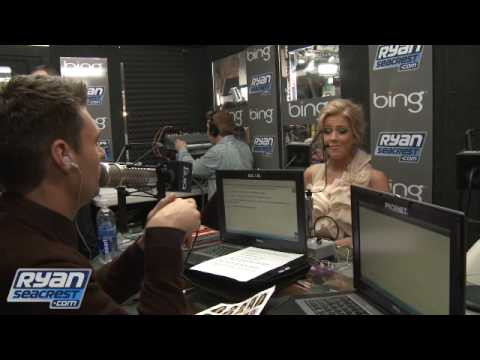 "Julianne Hough Is ""Technically"" Single 