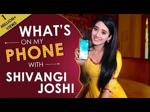 What's On My Phone With Shivangi Joshi aka Naira of Yeh Rishta Kya Kehlata Hai