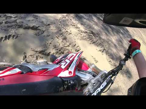 Wildcat Offroad Park Hills and Jumps WITH A CRASH! 2004 CR250R