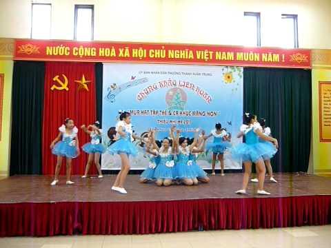 múa hát tập thể Rock chú ve - Cụm 1Giải nhất phường Thanh Xuân Trung.MOV