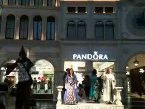 Streetmosphere opera-2 @ The Grand Canal Shoppes @ VENETIAN