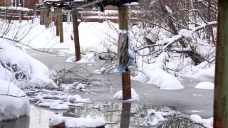 Канализация под домом(Канализация топить три дома на гидролизном в Маймаксе Автор видео: Михаил Шишов http://bathett.livejournal.com/, 2015-01-24T16:17:19.000Z)