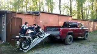 Погрузка мотоцикла в пикап