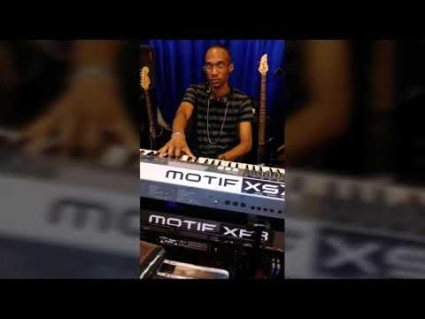 Chris Wright Remix (Love him like I do) D Haddon,  R Studdard and  Mary Mary