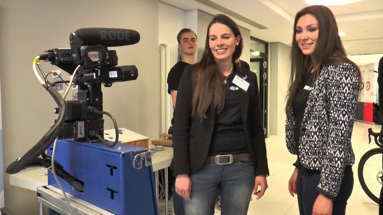 Fox Koblenz koblenz service roboter beeindruckt auf der messe it2ko