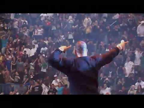 Busta Rhymes - Arab Money Live at Jingle Jam 2008