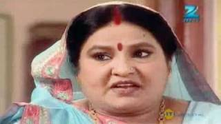 Mrs. Kaushik Ki Paanch Bahuein - Hindi Serial - July 11 '11 - Zee Tv Show - Best Scene