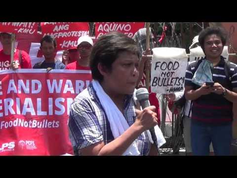 Nora Aunor joins rally for Kidapawan farmers