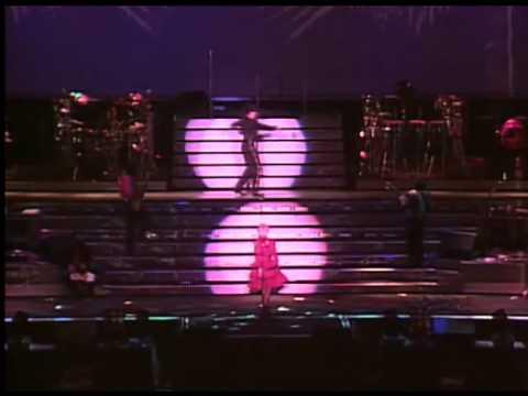 Madonna - La Isla Bonita [Who's That Girl Tour]
