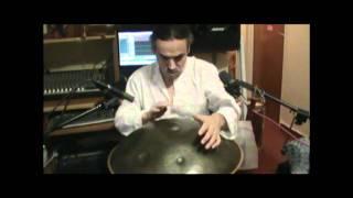 HANG - Carlos Gutierrez Gjurinovic - ESENCIA