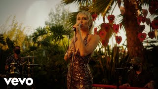 Miley Cyrus - Sweet Jane (MTV Unplugged Presents Miley Cyrus Backyard Sessions)