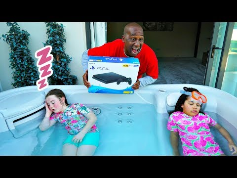 TIANA'S PS4 IN HOT TUB PRANK!!!