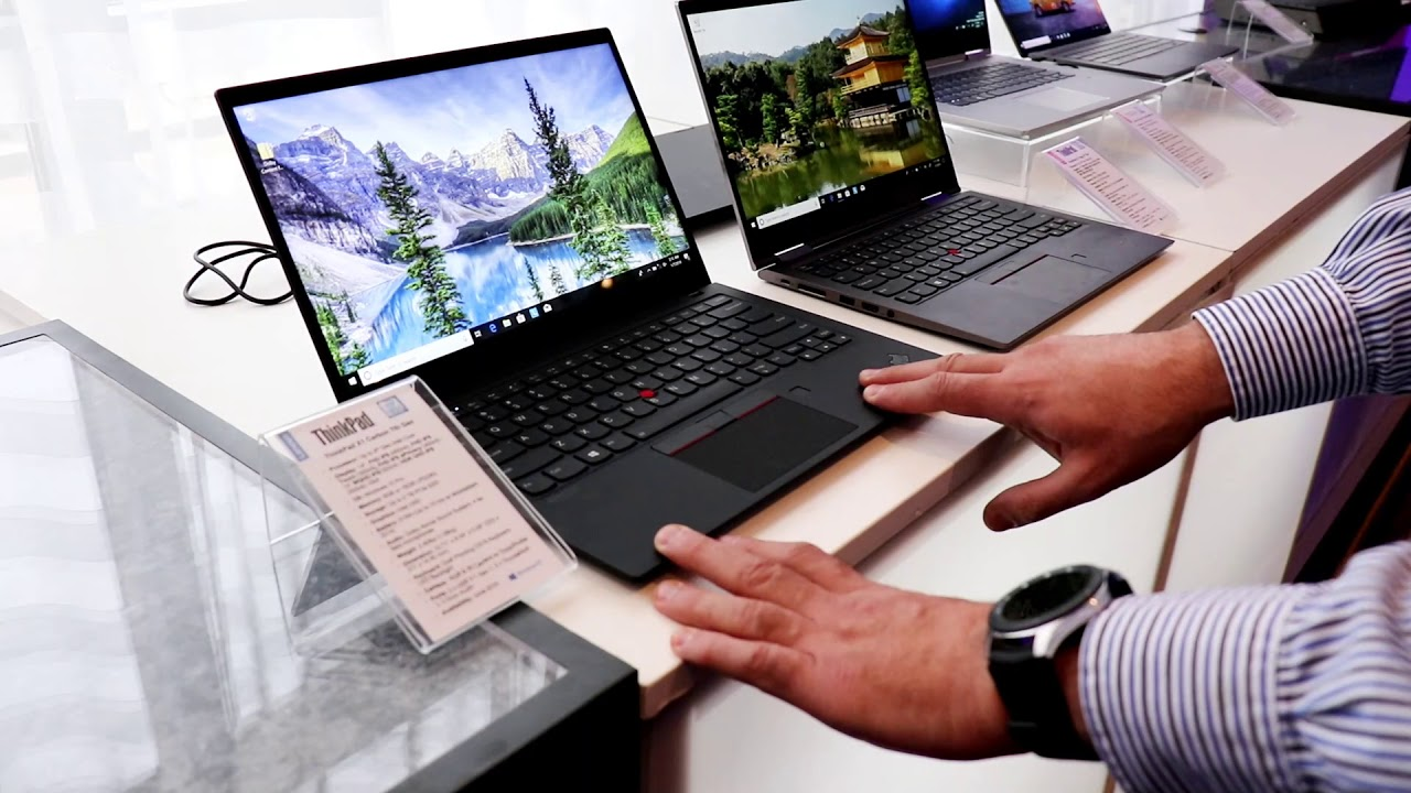 Lenovo ThinkPad X1 Carbon 7th Gen And X1 Yoga 4th Gen Hands-On CES 2019!