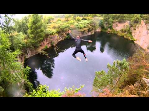 Extreme Quarry Cliff Jumping - Tombstoning Aberdeenshire