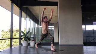 Clase de Vinyasa Yoga (30 min) - Maestro: Conejo