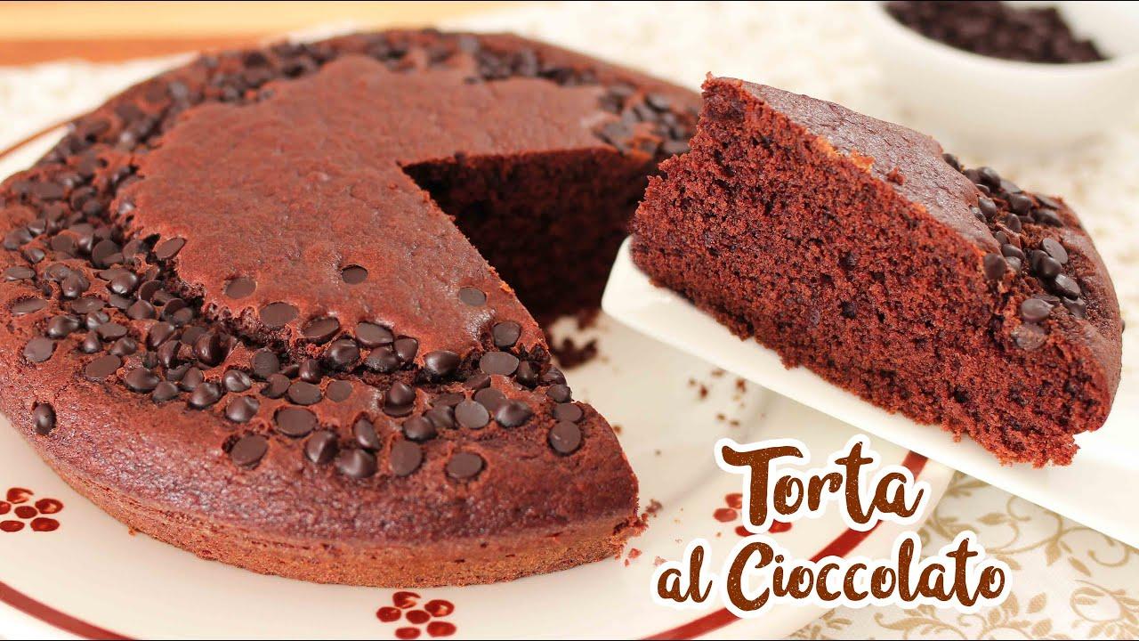 Ricetta Torta Al Cioccolato Di Benedetta.Torta Morbida Al Cioccolato Ricetta Facile E Senza Uova Chocolate Cake Youtube