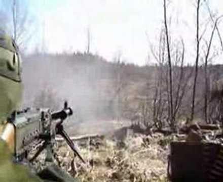 Shooting the FN MAG