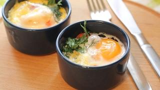 Быстрый и ВКУСНЫЙ завтрак - Яйца-КОКОТ  [Simple Food - видео рецепты]