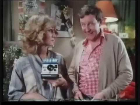 Classic Ads: Polaroid 1000 with Richard Briers and Felicity Kendal