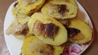 Картофель с салом и майонезом запеченная в фольге.