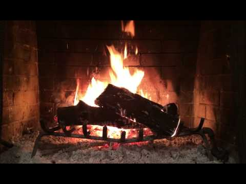 Idina Menzel - Holiday Wishes Yule Log