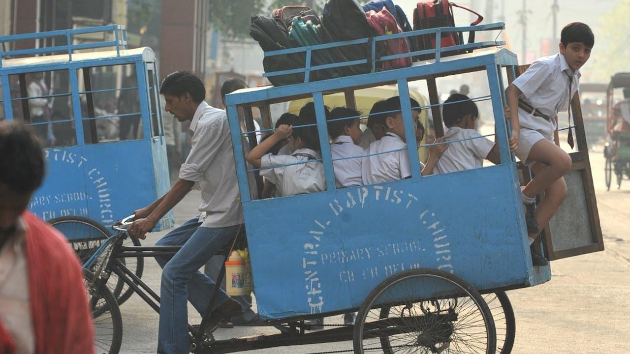 India School Bus Rickshaw Ten Kids Cram In Youtube