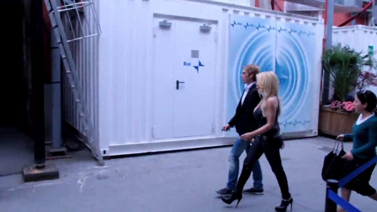 ANA BETTZ : backstage from Italian Tv Show - YouTube