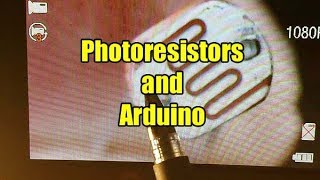 How to use a photoresistor with an Arduino