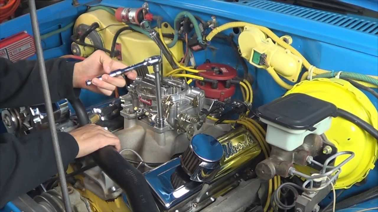 how to install an edelbrock carburetor on chevy 350 engine by howstuffinmycarworks [ 1280 x 720 Pixel ]