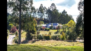 Kinloch - The Essence Of Country Living  - Tim Bland
