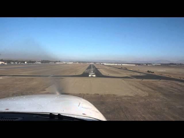 Landing at KLVK Livermore Airport