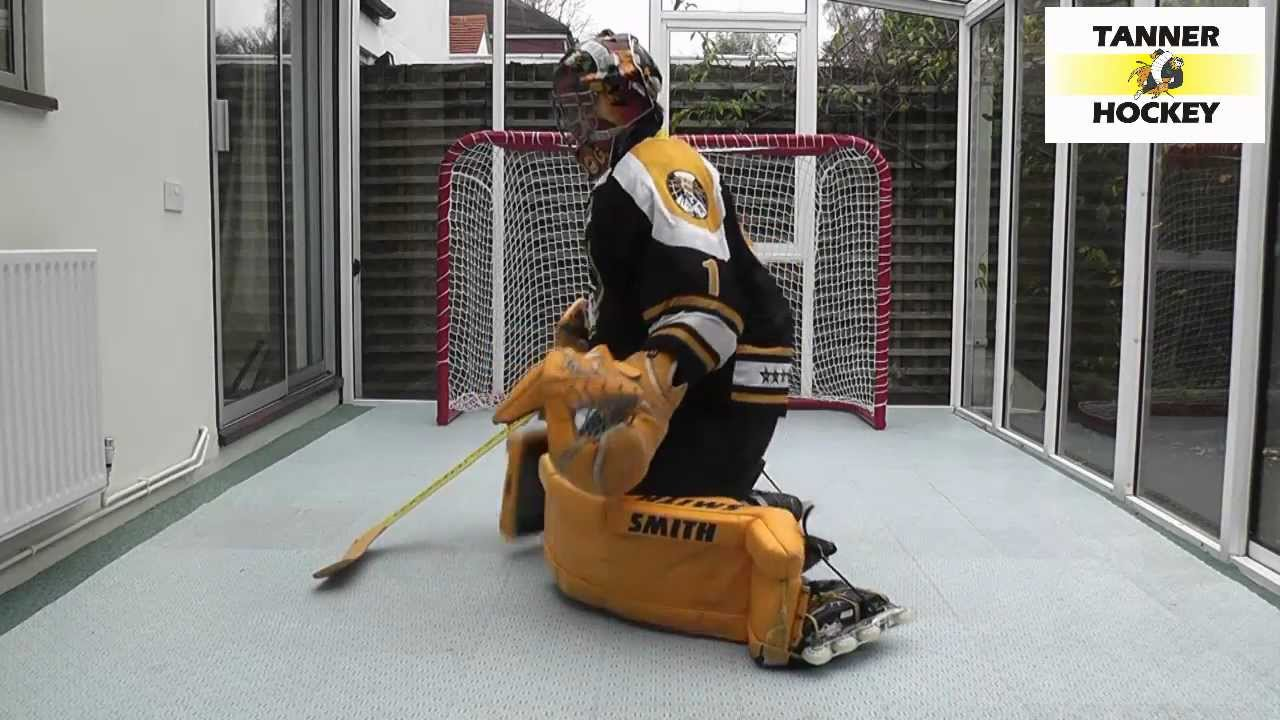ice hockey vs roller hockey Difference between ice and inline hockey equipment – ice hockey vs roller hockey july 9, 2015 guides inline hockey tips in our first inline/roller tutorial we'll be taking a look at the difference between the equipment used when compared to ice hockey equipment.