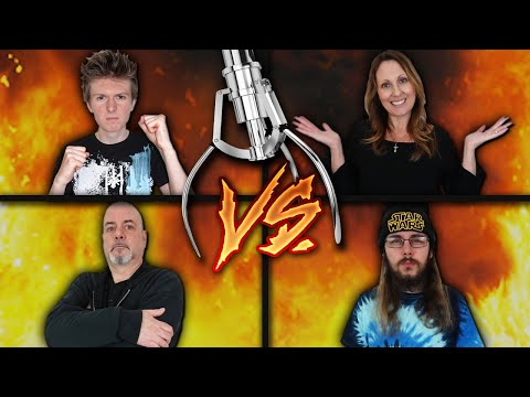 Arcade Warrior VS Family - Claw Machine Challenge!