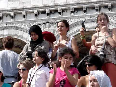 No women no cry - Sacré Coeur - Magnificent place