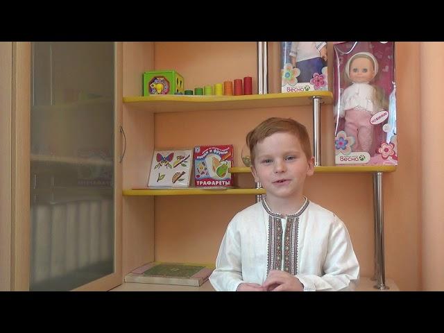 Изображение предпросмотра прочтения – СтепанКазанцев читает произведение «Потешка Скок-поскок, молодой дроздок» (Русский фольклор )