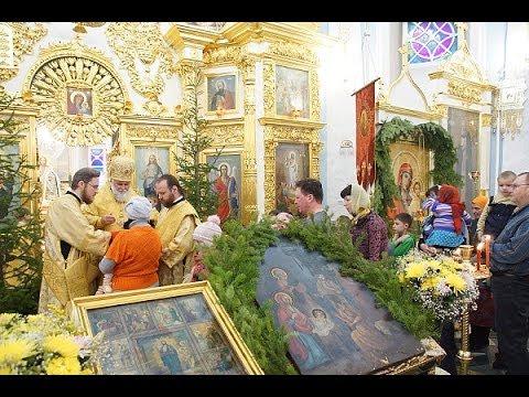 Архиерейское служение в п  Тельма  Божественная литургия  Причастие  12 01 2014
