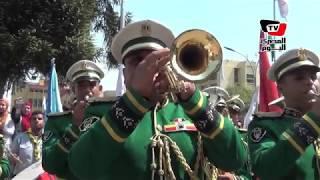 طابور مدرسي بجامعة عين شمس لتحية العلم ووزير التعليم: لا يوجد كبير